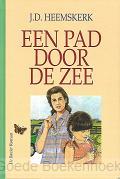 EEN PAD DOOR DE ZEE